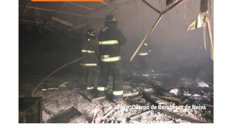 Manifestantes niegan responsabilidad  en el incendio de la Hostería Los Dujos en medio de las protestas del 28 de Julio