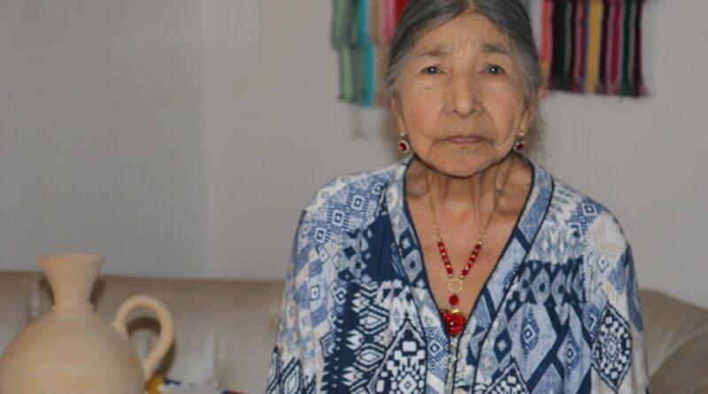 Ana Julia Bahos: El liderazgo de una artesana que forjó el desarrollo de un pueblo